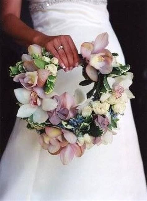 design your flower bouquet unique wedding bouquet handles wedding bouquets unique