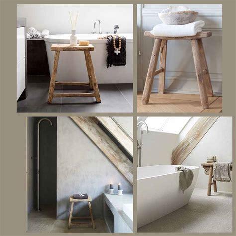 sgabelli da bagno stile naturale in bagno