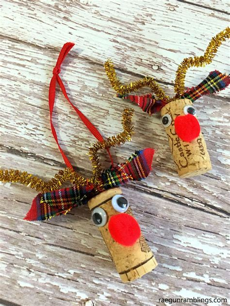 christmas ideas for wine corks rudolf reindeer wine cork craft ornament gun ramblings