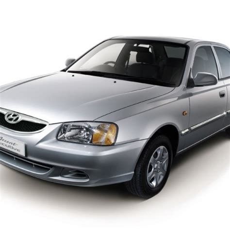 hyundai accent petrol specification hyundai accent price review pictures specifications