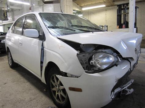 toyota foreign car parting out 2001 toyota prius stock 120111 tom s