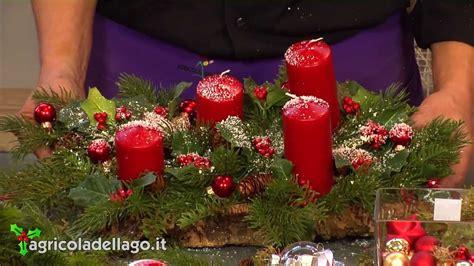 centrotavola natalizio con pigne e candele centrotavola natalizio