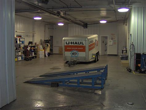 U Haul Work From Home Pay by Trailer Bay Hitch Installat U Haul Office Photo
