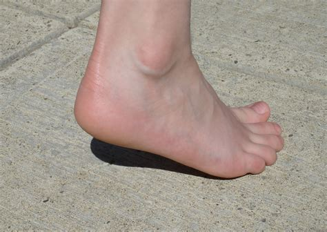 a to heel heel