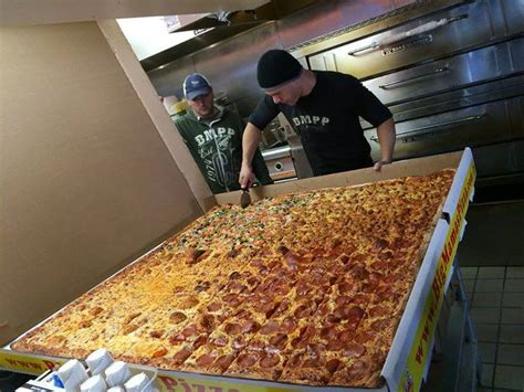 big mamas and papas pizza challenge these are the craziest food challenges in la right now