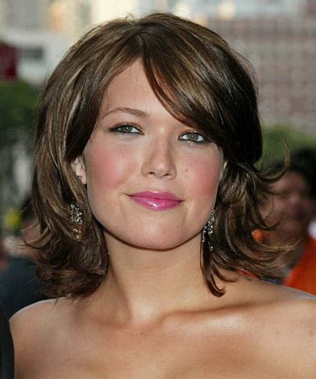 easy to fix shorthair for square jaw line hairstyles square face