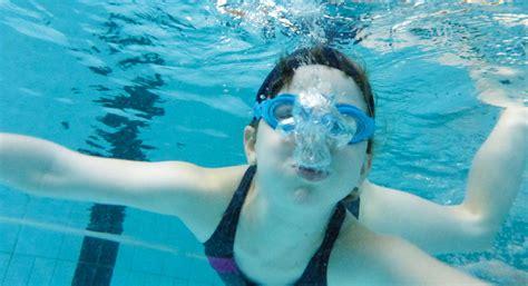 probleme beim atmen im liegen schwimmen lernen atmen unterseeboot 187 mobilesport ch