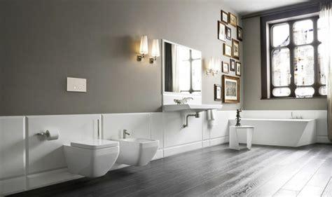 Kerzenhalter Badezimmer by Freistehende Badewanne Verleiht Dem Badezimmer