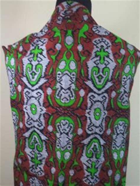 5 Motif Kemeja Pria Kombinasi Batik Cap Hitam Putih Elegan kain batik motif bunga hitam putih batik tulis kombinasi