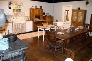 The Kitchen Bench Virginia The Kitchen Picture Of Walton S Mountain Museum