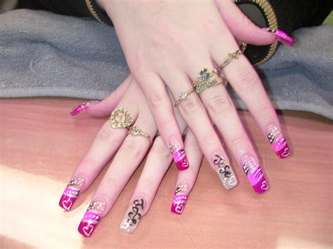 Nail Paint Design by Look With New Nail And Paint Designs