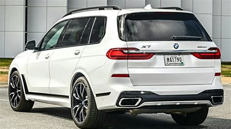 bmw    seater luxury suv   gls