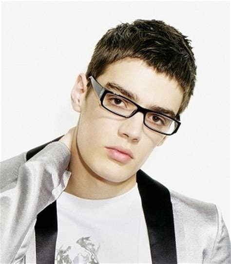 guy haircuts with glasses cool hairstyles for men with glasses ideas and pictures