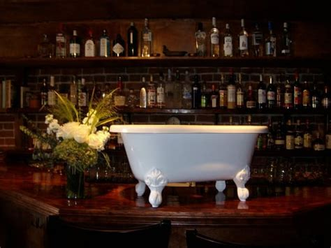 gin bathtub seattle l jpg