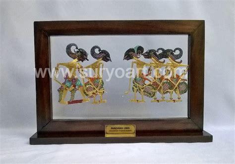 Souvenir Wayang Etnik kerajinan wayang kulit souvenir khas jawa suryo