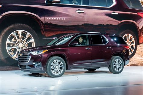 2018 chevy traverse specifications released gm authority