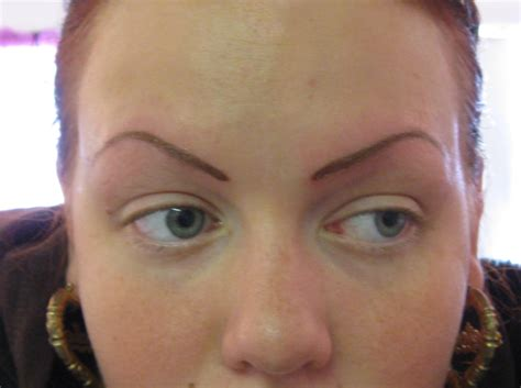 tattoo eyebrows what to expect tattooed eyebrows permanent eyebrow tattoos