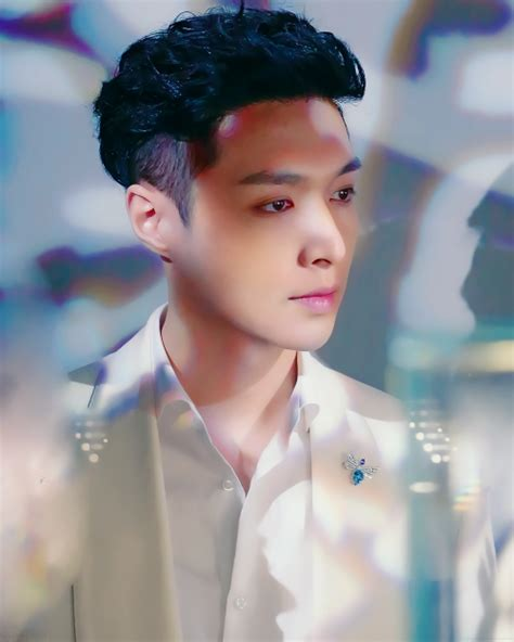 exo yixing zhang yixing aka king of china exo pinterest