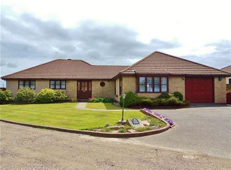 4 Bedroom Detached Bungalow For Sale In 4 Bedroom Detached   4 bedroom detached bungalow for sale in gwithian road