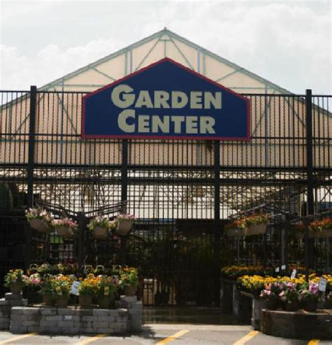 Lowes Gardening Center by Lowe S Displays