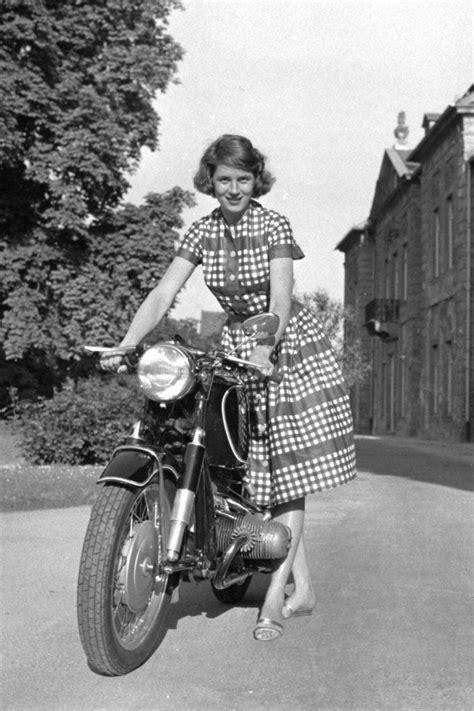 Motorrad Bilder Mit Frauen by Beemer Vintage Bmw Motorcycle Motorcycle