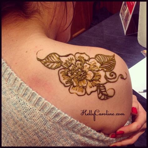 henna tattoos on shoulder 44 amazing henna shoulder tattoos