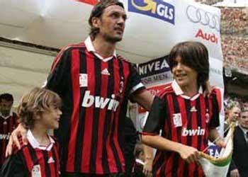 Kartu Perdana 3 Seri Tahun Ac Milan Dan Barcelona sport abenktherev ginanjar aldy pratama