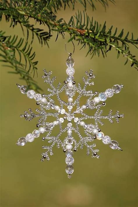 snowflake pattern spokes beaded snowflake i like how this has the big beads on