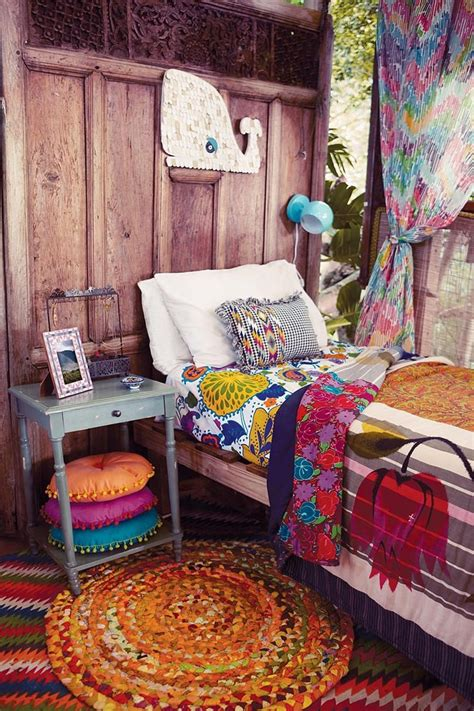 how to make a gypsy bedroom boho gypsy bedroom decorating ideas pinterest