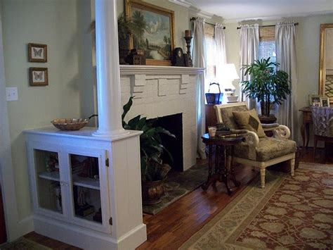 Half Wall Between Living Room And Foyer 17 Best Images About Pillar In House Living Room On