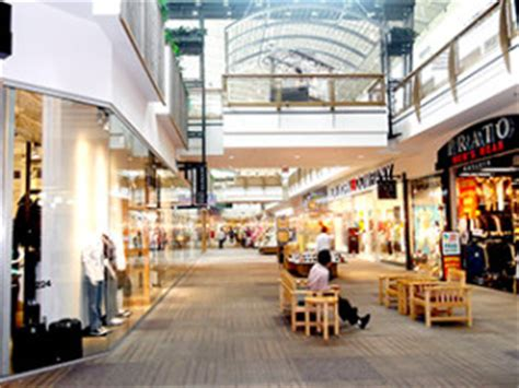 Jersey Garden Mall Nj by Find Out Why The Mills At Jersey Gardens Is The 1 Mall In New Jersey