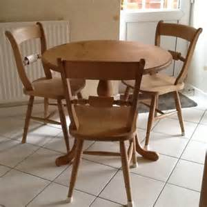 Pine Kitchen Tables And Chairs Buckingham Pine Kitchen Table And 6 Chairs In Posot Class