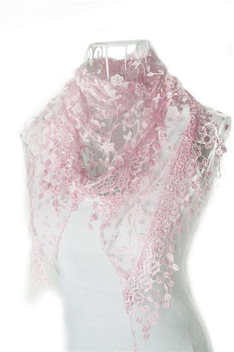 Gamis Huwaida White Shawl Part 1 1x Lace Tassel Sheer Burntout Floral Print Triangle