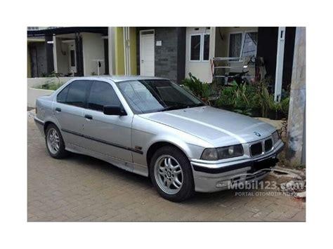 Accu Mobil Bmw 318i jual mobil bmw 318i 1996 e36 1 8 sedan 1 8 di jawa barat manual silver rp 60 000 000 2842889