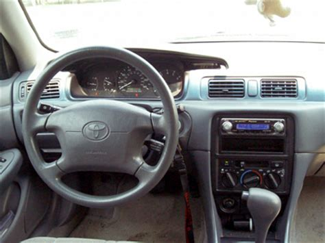 Toyota Camry 1998 Interior by 1999 Toyota Camry Pictures Cargurus