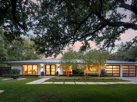 modern ranch contemporary home 6722 road dallas facade mid century ranch
