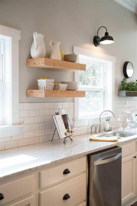 schlafzimmer betten aus holz - Hochglanz Küche Putzen