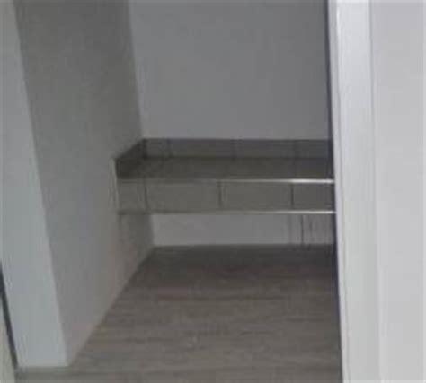 gestell um trockner auf waschmaschine zu stellen podest f 252 r waschmaschine wandanbindung forum auf