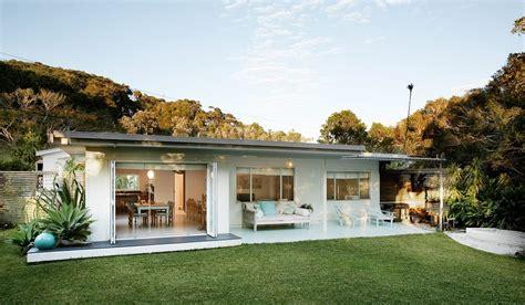 beach style homes coastal style 1950 s australian beach shack