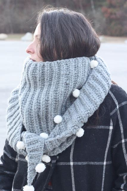 Snowberry Scarf knitting patterns galore snowberry