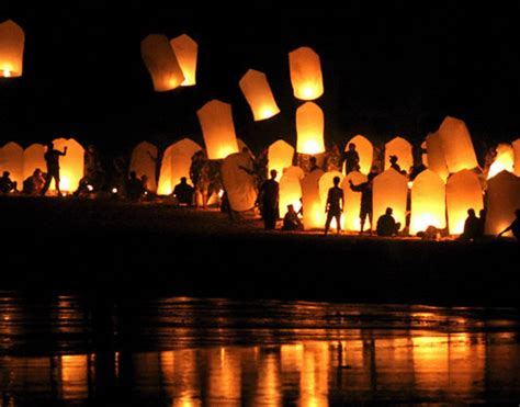 lanterne volanti roma ora della terra 2012 a roma parla quot goodbike quot wakeupnews