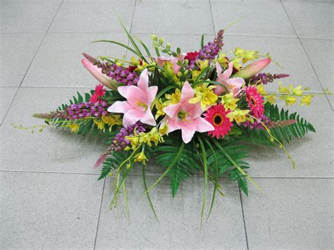 Table Floral Arrangements | hoi kee flower shop conference table floral arrangement
