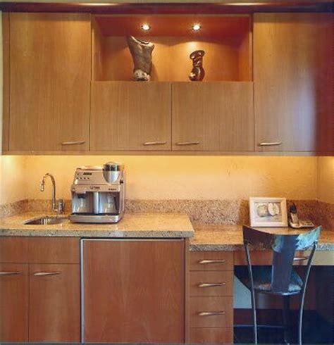 plain white kitchen cabinets madrone kitchen cabinets madrone veneer madrone cabinets