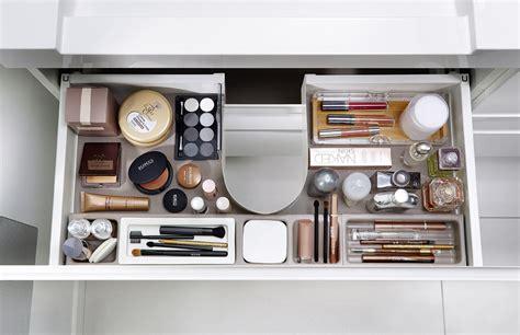 optimisez le rangement de vos meubles de salle de bains