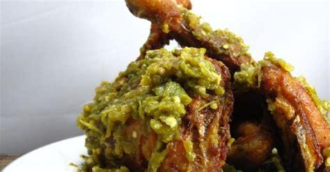 resep membuat ayam penyet hijau  empuk  lezat