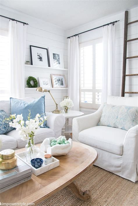 1000 ideas about white living rooms on pinterest living room artwork gold home decor and