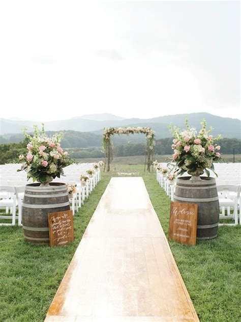 100 Awesome Outdoor Wedding Aisles You?ll Love   Rustic