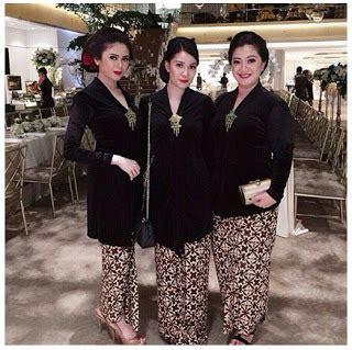 Limited Edition Sahitel S 35 Terbaru 2 Warna Paling Murah 20 model gaun pesta warna hitam modern terbaru 2018 limited edition