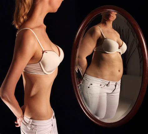 imagenes mujeres nerviosas enfermedades que siguen la moda anorexia y bulimia