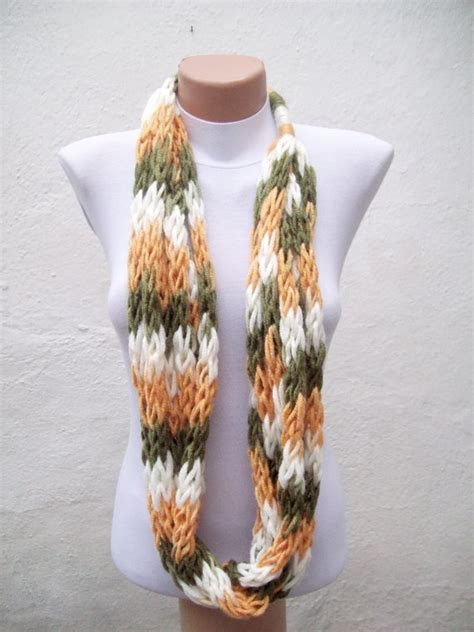 finger knitting scarf green yellow white multicolor